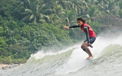 "Surf-trip & ""Japow"" for Edouard Delpero"