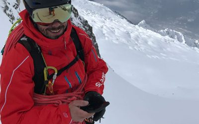 Inside the apps of a high-mountain guide