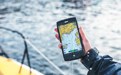 5 reasons to go for a truly waterproof smartphone
